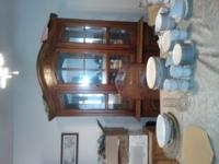 6 chairs hutch and table .... priced to sale... come