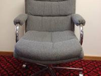 Looking to give away 6 Mid Century office chairs,