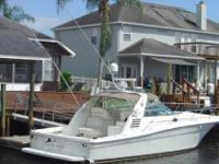 1997 Sea Ray 370 EXPRESS This is Sea Ray Express
