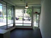 Hassle-free Office Location- Located near St. Johns and