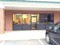 PREMIER LOCATION! Food Lion Plaza Palmyra, VA Office