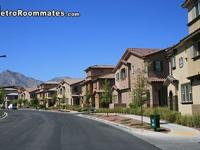Summerlin Townhouse room for rent... Neighborhood has a