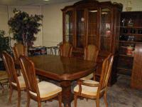 Beautiful Thomasville pecan dining room set including 2