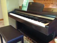 Black Yamaha Clavinova Model CLP930 in excellent