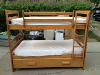 solid oak bunk beds in very good condition. Has been in
