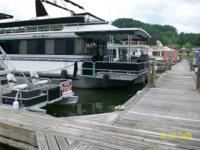 HOUSEBOAT 60ft Long  & 14ft.Wide (840sg.ft)