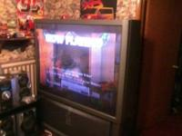 60 in Sony Big Screen TV Great pic bought new TV and
