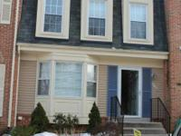 Renovated home w/granite counters, ss apps, tile floor