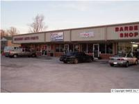 Low upkeep, 80' x 120' brick and metal multi-retail