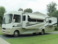 2008 Four Winds Hurricane 34N used class A gas