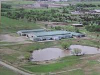 Horse arena for sale by owner in Ponca City, Ok.74604