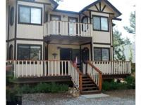 Stunning 2 Story Hill Resort in the Woodland! 3 large