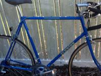 I have a 63cm men's Schwinn Sprint road bike forsale.