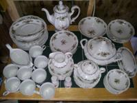 64 pcs Johann Havilland Fine China Trimmed In Gold..