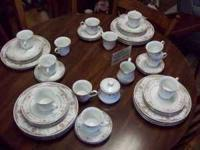 64 PIECES OF SILVERIE FINE CHINA 12 PLACE SETTING PLUS