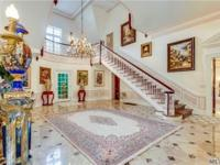 All Brick Restored Roaring 20'S Estate Situated On 3.9