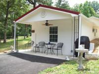 The Man Cave, Newely remodeled, sleeps 2, twin beds,