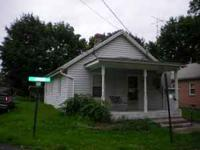 2 BEDROOM 1 BATH HOUSE IN MARTINSBURG WV FOR RENT.