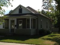 2 Bedroom house for rent in Bemidji. Off street