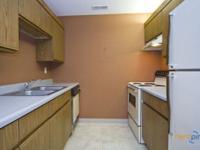 Large Bedrooms!! Dishwasher!! Very Spacious!! Garbage