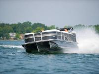 CLICK ON THE LINK BELOW TO SEE A PONTOON BREAK 66 MPH.