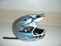 This is a 661 medium sized full face helmet. comes with