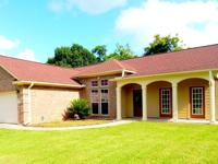 AMAZING HOME! Hard to find Home constructed in 2005
