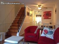$675 Room Rent in Three Level Townhouse W/utility &&