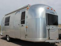 This is a really well maintained 1968 Airstream Vintage