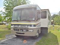 2005 Fleetwood Bounder, Class A Gas, Model 35E, with 2