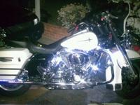 Motorcycle accent lighting kits are available in