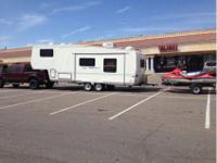 Very nice Thor fifth wheel. 28 feet with 10 feet slide.