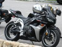 2007 Honda CBR 600rrBlack Mint condition, not a