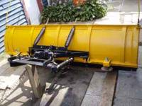 GOOD USED MEYER 7 1/2 FOOT POWER ANGLE PLOW. PUMP IS
