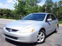 This 2004 Honda Accord 4dr EX Sedan features a 2.4L L4