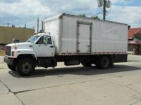 2001 CMC C7500 Box Truck. Power Liftgate, CAT 3126
