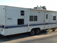 29ft pull camper (dual-axle) in excellent condition.