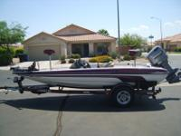 2000 Javelin Renegade R18 DC Bass Boat. Equiped with a