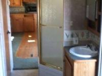 2005 33' Wilderness Advantage travel trailer. Double