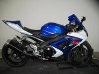 2007 GSXR1000 in Blue and White team colors ? An