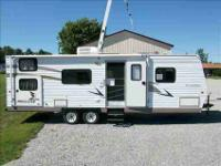 2005 Fleetwood Camper 29 With Bunks, Nice RV! 2005