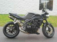 2009 TRIUMPH SPEED TRIPLE, Jet Black,