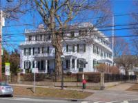 1792 Bradford Dimond Norris House is a prominent &