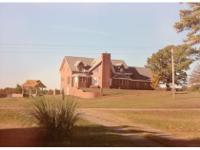 Imagine A Dream Home.. On 20 park like acres with