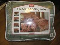 I have a sage green 7pcs King size bedding set. It