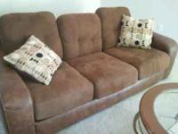 7 piece living room set in excellent condition! Sofa,