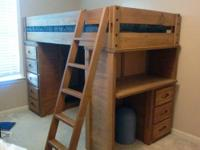 **EXCELLENT CONDITION** 7-piece solid oak bedroom