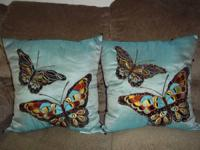 7 x beautiful turquoise pillows/shams that would