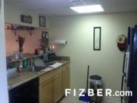 Updated condo/loft in Oak Glen Marina, includes