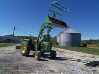 Selling a nice Deere 2640 tractor. It is in good